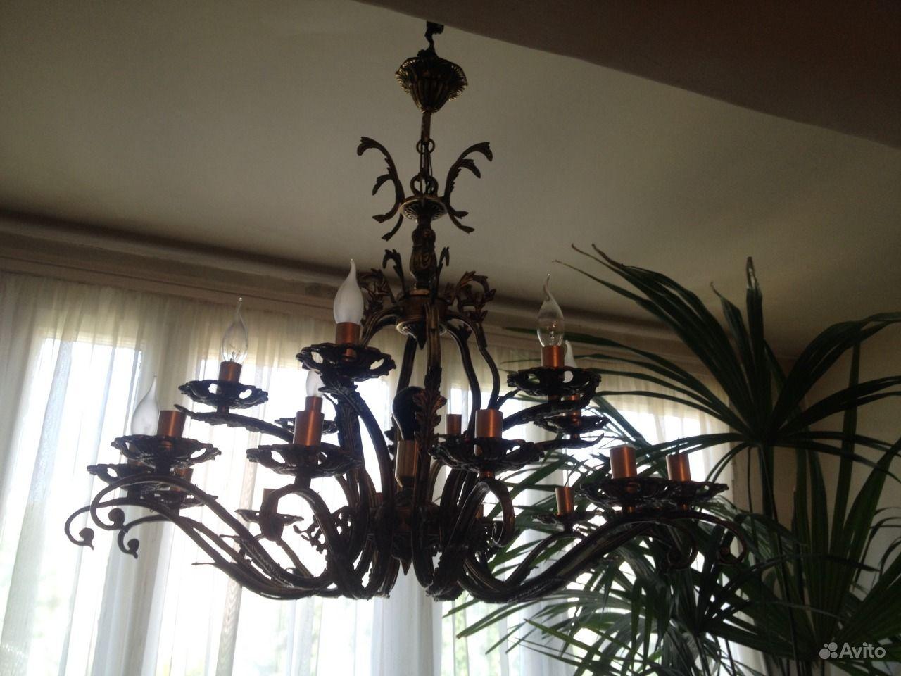 Антикварные старинные люстры и светильники: как