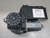 Моторчик стеклоподъёмника VW Touareg 2,5 дт 01307 купить в