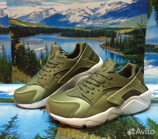 d8383003 Кроссовки Nike Air Huarache хаки зеленые Женские купить в Москве на ...