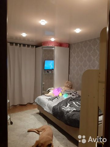 Продается двухкомнатная квартира за 3 100 000 рублей. Колпино, Санкт-Петербург, Павловская улица, 72, подъезд 1.