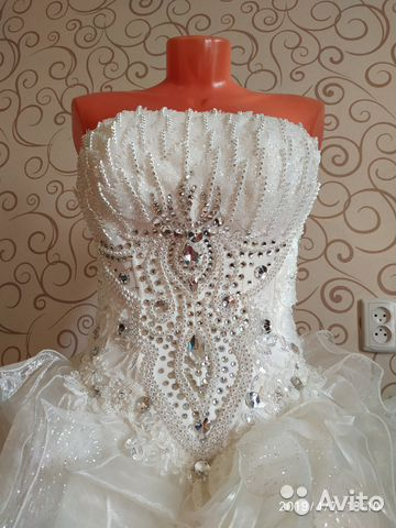 b14b2c310016029 Свадебное платье со стразами на корсете купить в Свердловской ...