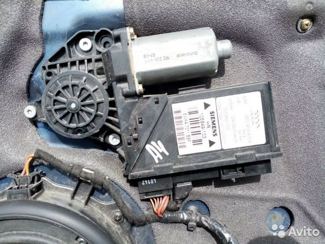 89026196331 Стеклоподъемник задний правый Audi A4 B6 1.8T 2001
