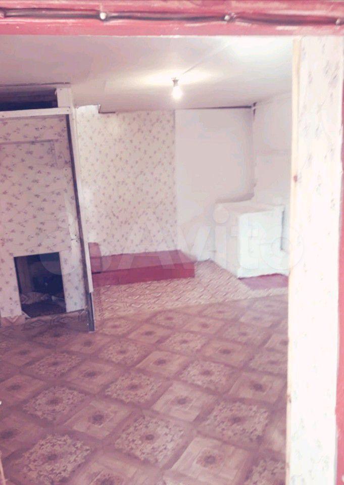 Hus 60 m2 på tomten 6 hundra.  89139952126 köp 1