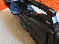 Видеокамера HVR-HD1000E