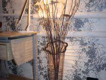 Продаю напольный светильник
