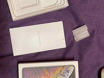 Коробка от iPhone XS Max