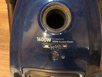 Рабочий пылесос LG, всасывание 400w