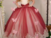 Эффектное платье на торжество