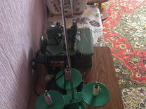 Продам Оверлок промышленный железный