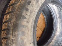 Две зимние шины Kumho R 15